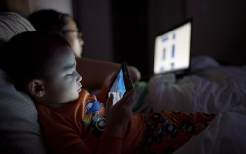 screens-at-night