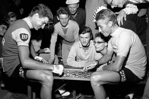 Raymond Poulidor plays draughts with arch-rival Jacques Anquetil in a Paris Match picture that plays up the strategic rivalry between the two