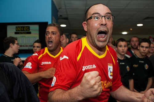 A last-second goal from world number one Carlos Flores wins the World Cup for Spain in Manchester, 2012